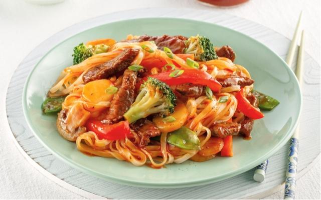 Nouilles au bœuf, sauce barbecue à l'asiatique