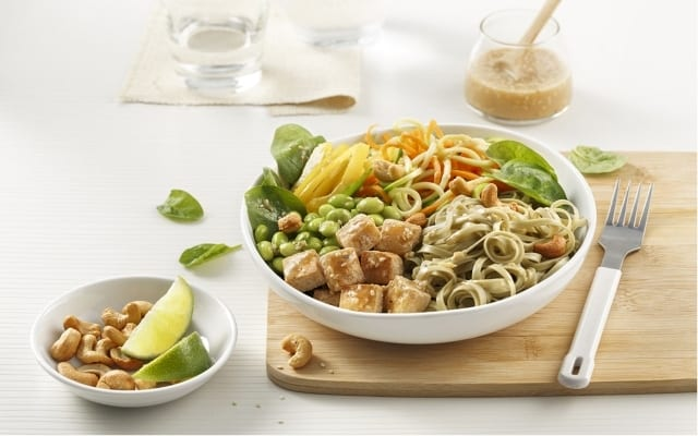 Asian salad with green tea noodles