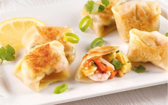 Dumplings aux crevettes et légumes
